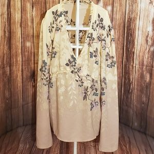 Maurices Floral Top Sz Large